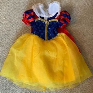 "Disney ""Snow White"" Costume Size 4"